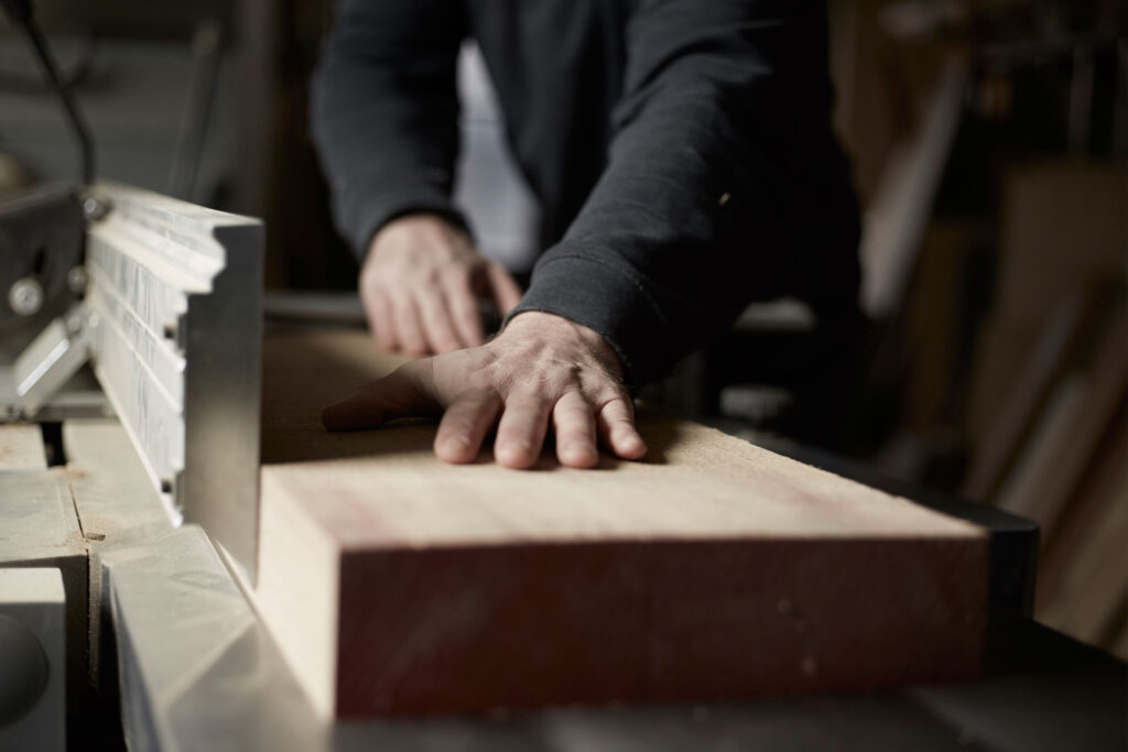 Treeslounge - Custom Made Tailored Fit Furniture Makers